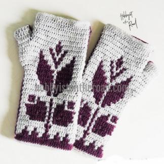 Baltic Flowers Fingerless Gloves